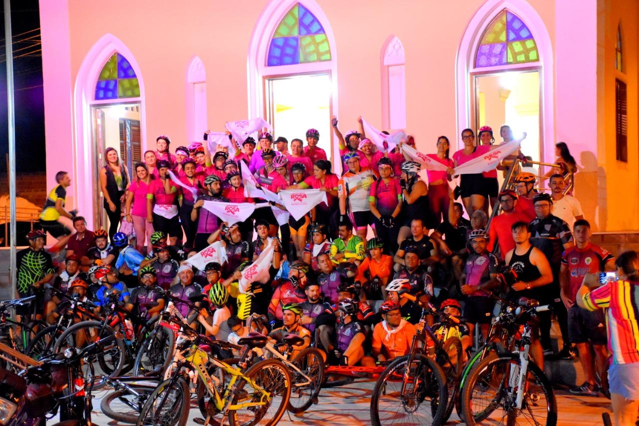 Passeio Ciclístico é realizado em Campo Redondo na Campanha Outubro Rosa